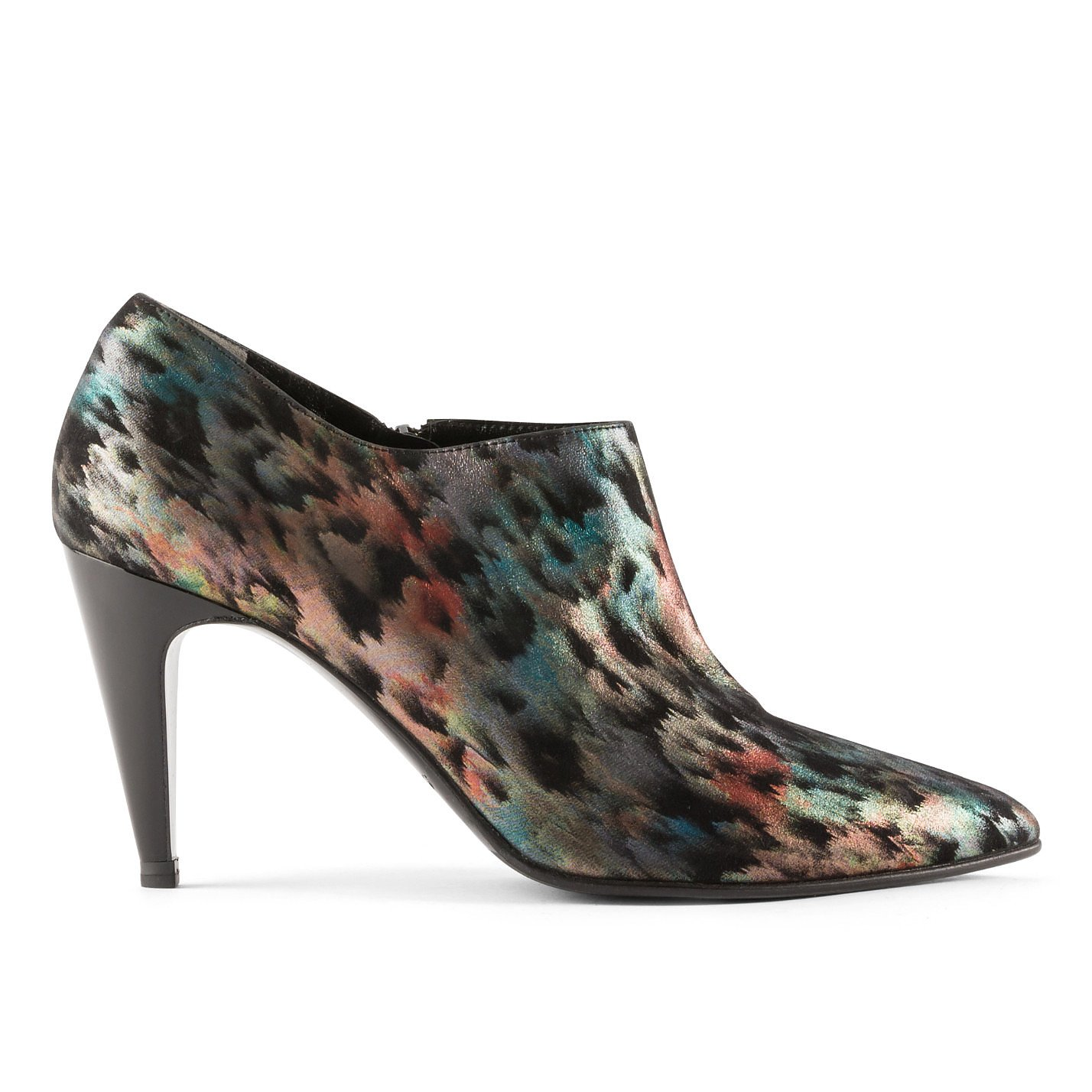 Robert Clergerie Holographic Pumps