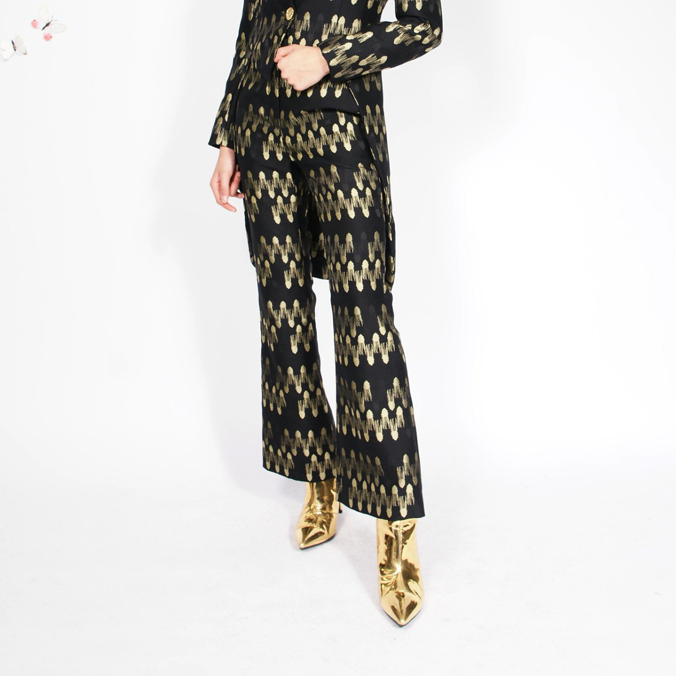 Syra J Flared Trousers With Abstract Print