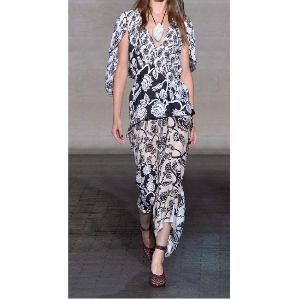 Roland Mouret Deane Mexican Rose Print Dress