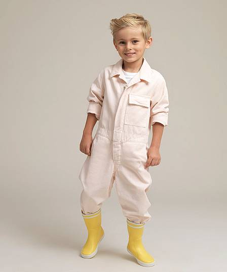 House of Minimus Kids - Made for play and built to last. Discover the iconic boiler suit for little people